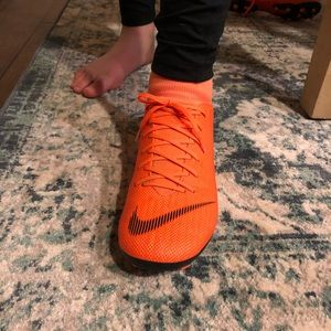 Nike Shoes - Nike SUPERFLY 6 ACADEMY MG Soccer Cleats M7/W8.5